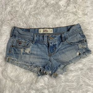 Hollister Distressed Light Wash Jean Shorts 1